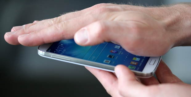 Samsung Galaxy S4 - Smart Gesture
